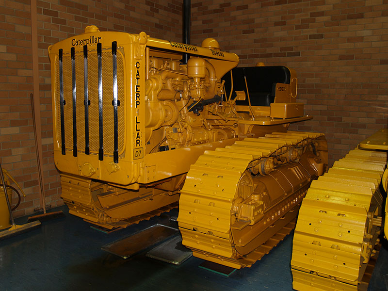 Cleary Bros Caterpillar D7 Oldschool Truck
