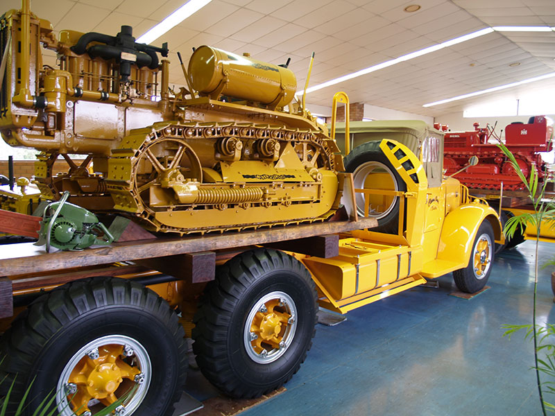 Cleary Bros Vintage Trailer With Dozer